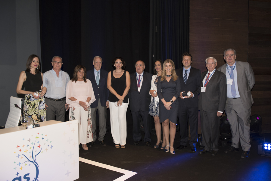 FOTO PREMIOSANTAISABEL2